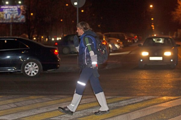 Введение обязательных светоотражателей для пешеходов с 1 июля 2015 года