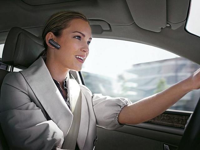 Штраф за разговор по телефону за рулем в 2021 году