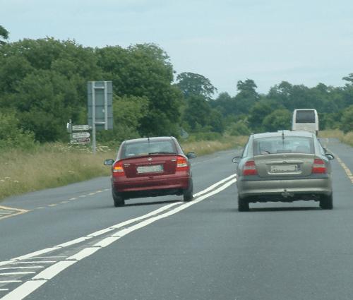 Горизонтальная дорожная разметка для дополнительного информирования водителей