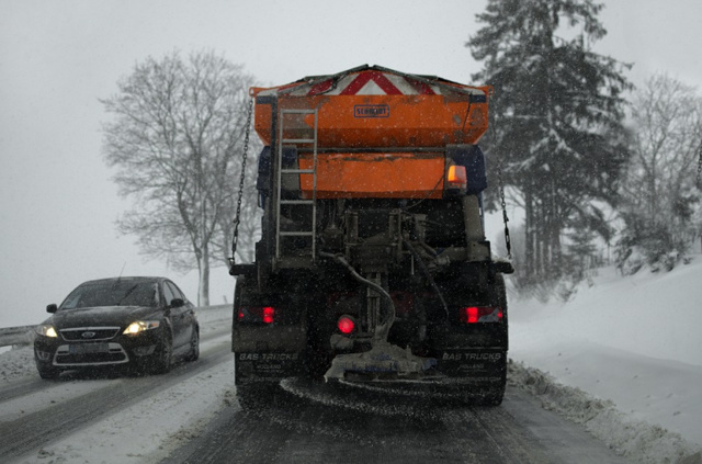 ДТП при повороте фуры (длинного грузовика)