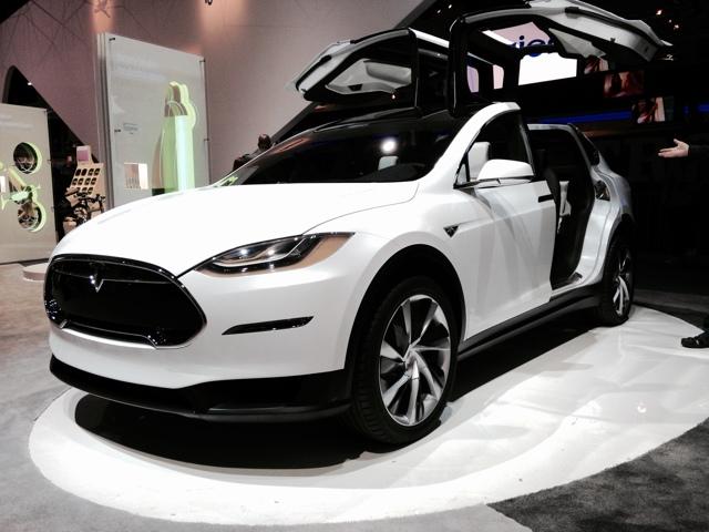 Нововведения в ПДД с 25 июля 2017 года: знаки для электромобилей и гибридных автомобилей