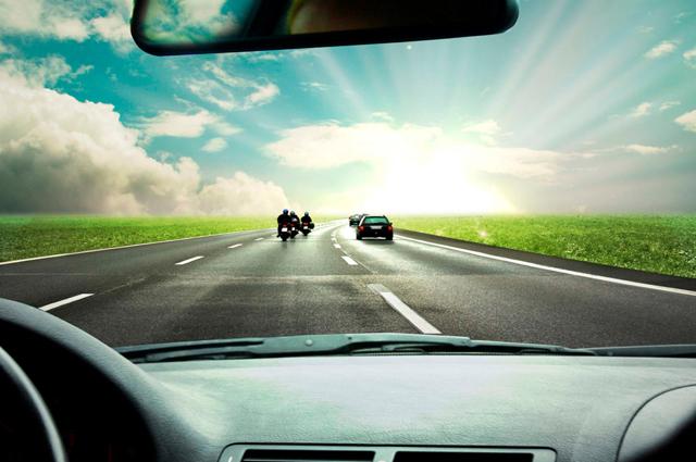 Движение в условиях недостаточной видимости и в местах с ограниченной видимостью