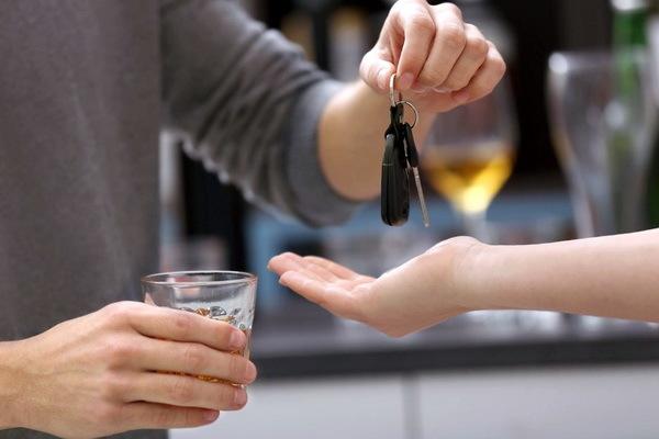 Статья 12.8. Управление транспортным средством водителем, находящимся в состоянии опьянения, передача управления транспортным средством лицу, находящемуся в состоянии опьянения
